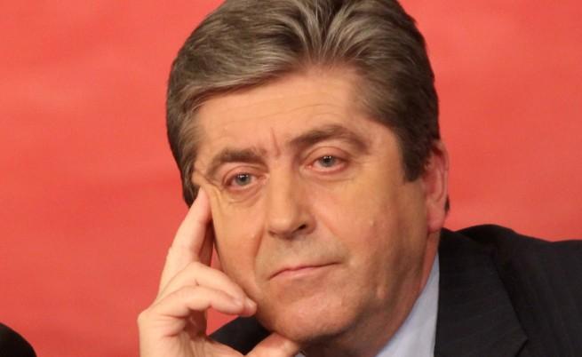 Първанов: Докарали сме я дотам депутатите да не могат да излязат от парламента