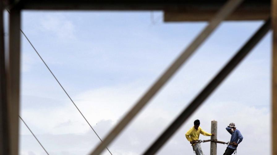 Във Филипините отрязаха тока на цяла провинция за неплатени сметки