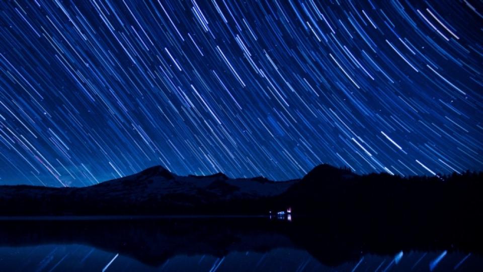 Нощта на падащите звезди