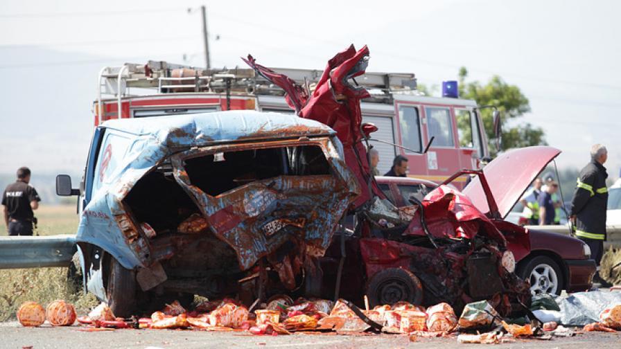 Несъобразена скорост е причината за катастрофата при гара Яна