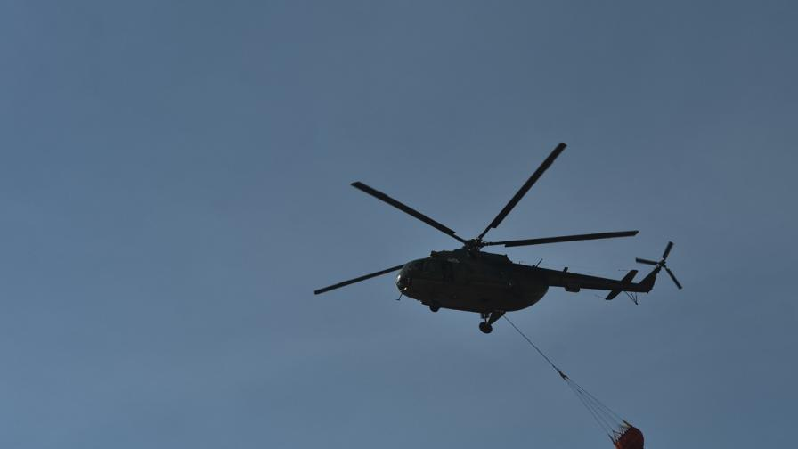 Военен хеликоптер падна, двама загинали и ранен
