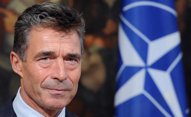 Шефът на НАТО: Алиансът няма да участва в ударите по Сирия