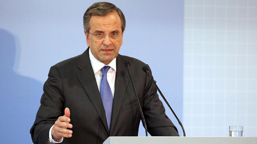 Гръцкият премиер: Догодина тръгваме нагоре