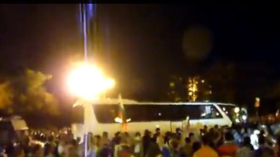 Граждани и професионални оператори успяха да заснемат много сцени на насилие в нощта на 23 срещу 24 юли 2013 г.
