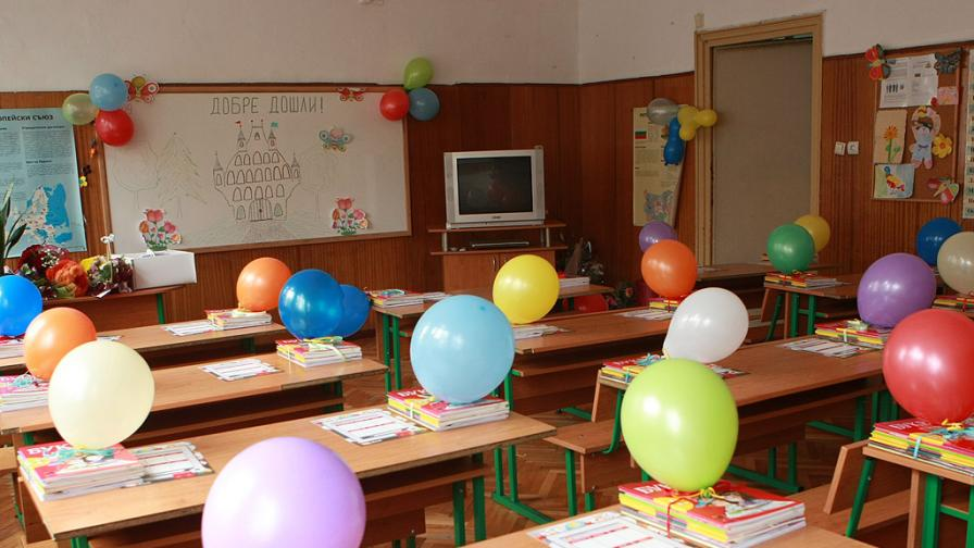 Наплив за записване на първолаци в елитни училища София