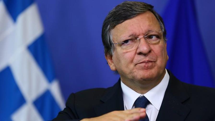 Барозу вижда светлина в тунела за Гърция