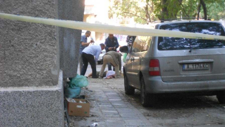 Убиецът на банкерката бил изнудван от жертвата си?