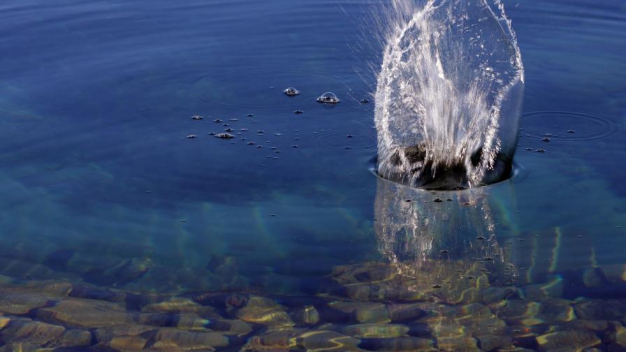 Бездънно езеро привлича все повече туристи в Албания