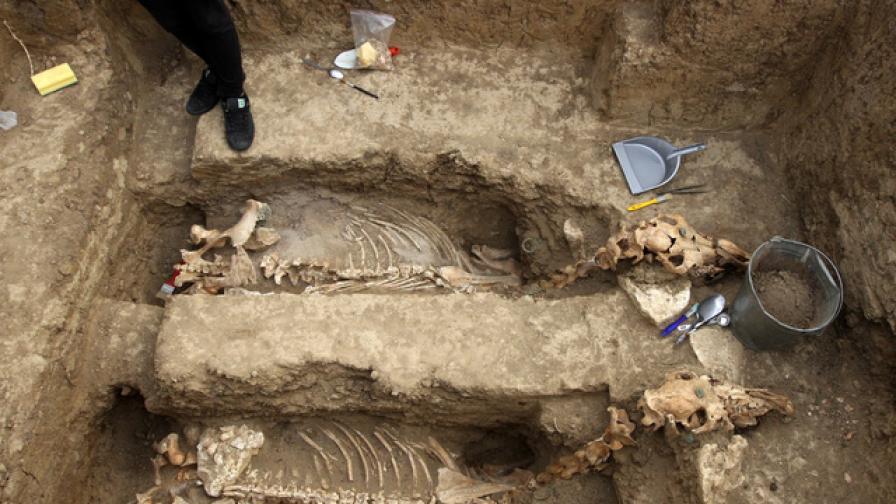 Откриха тракийска колесница на 2500 г.