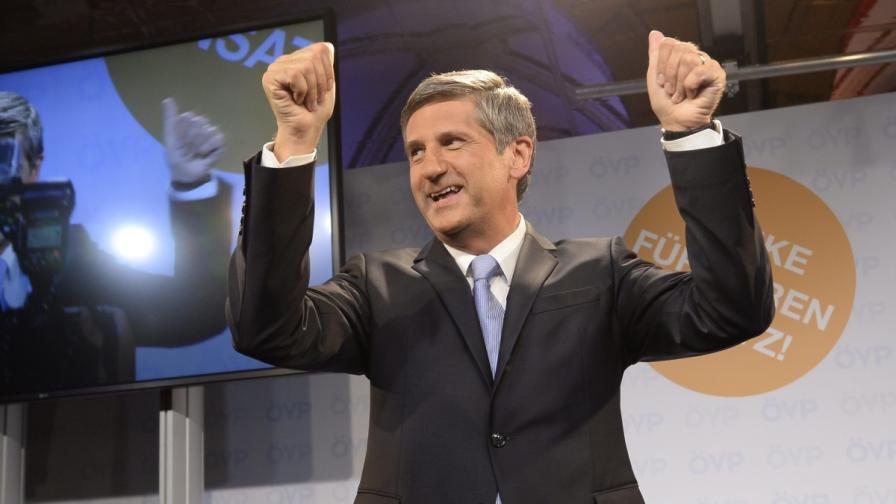 Австрия: Премиерът подаде оставка, но чака нов мандат