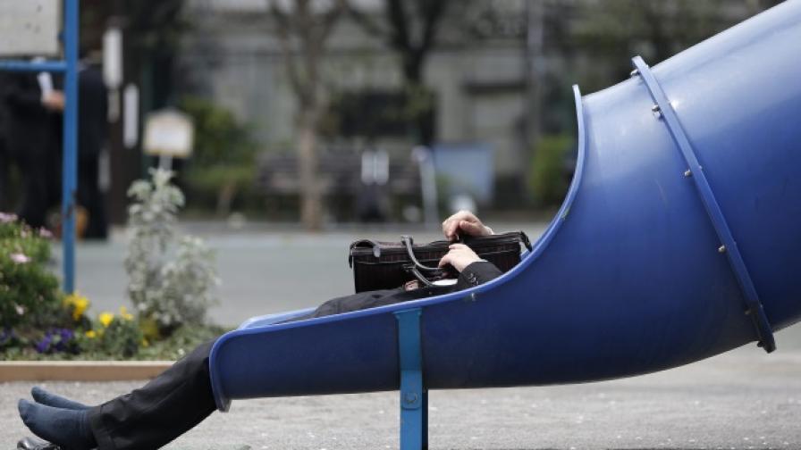 БСК: Близо 300 хиляди младежи са без работа