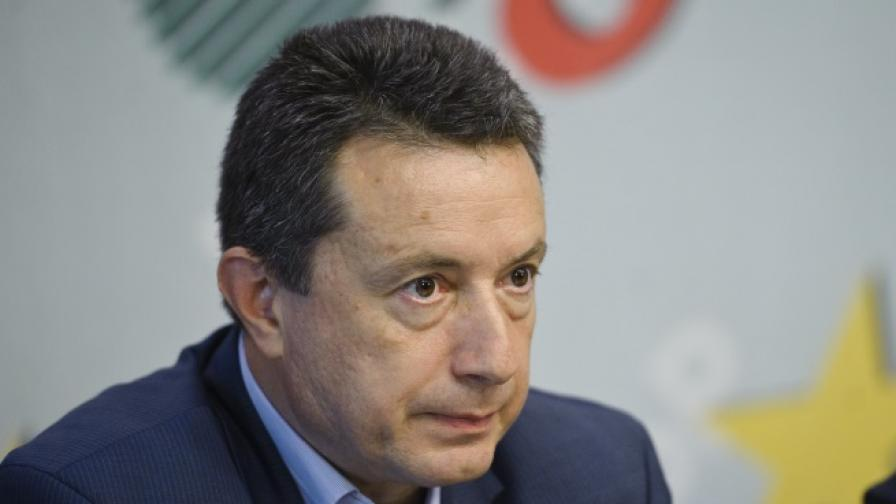 Янаки Стоилов: Това е тежка загуба за БСП