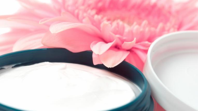 цвете козметика био крем