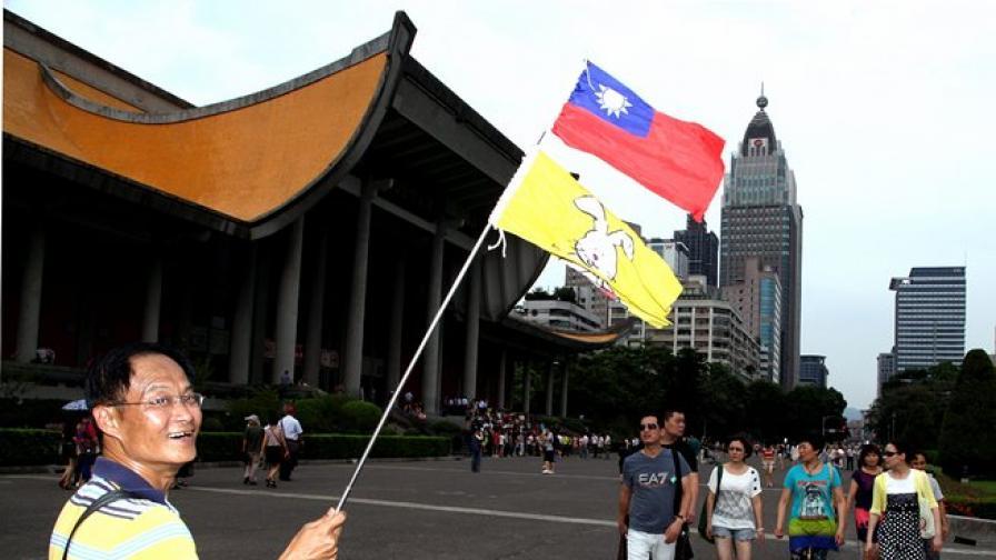 Лондон улеснява издаването на визи на китайци