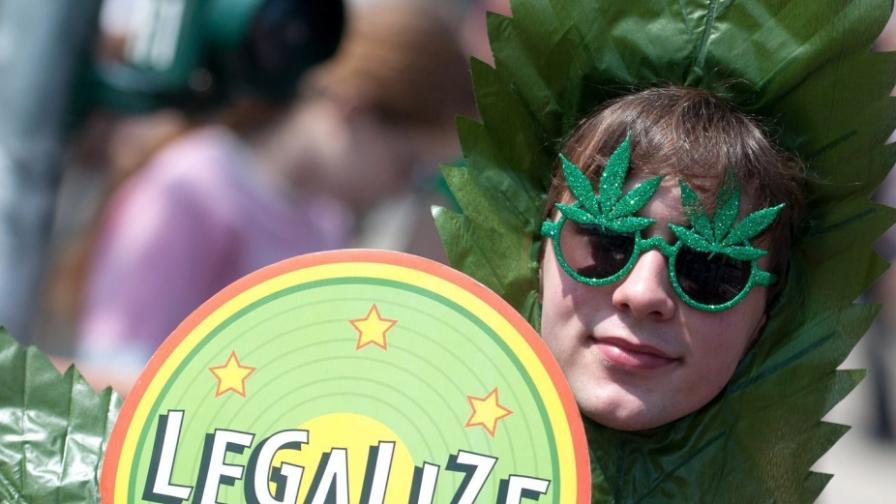 Все повече американци искат легализиране на марихуаната