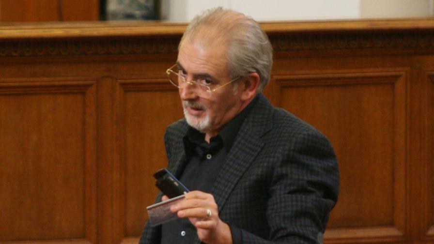 Местан: Не сме искали ние оттеглянето на Бисеров