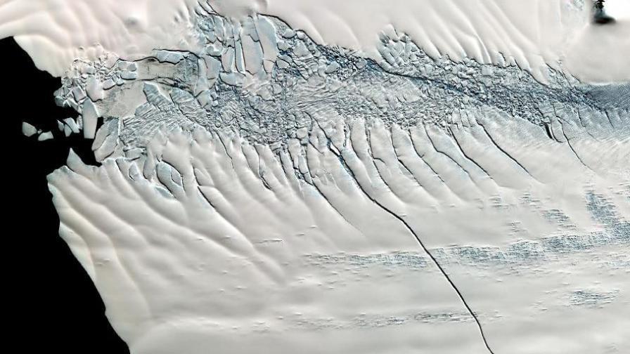 Хванаха високоенергийно неутрино под антарктическия лед