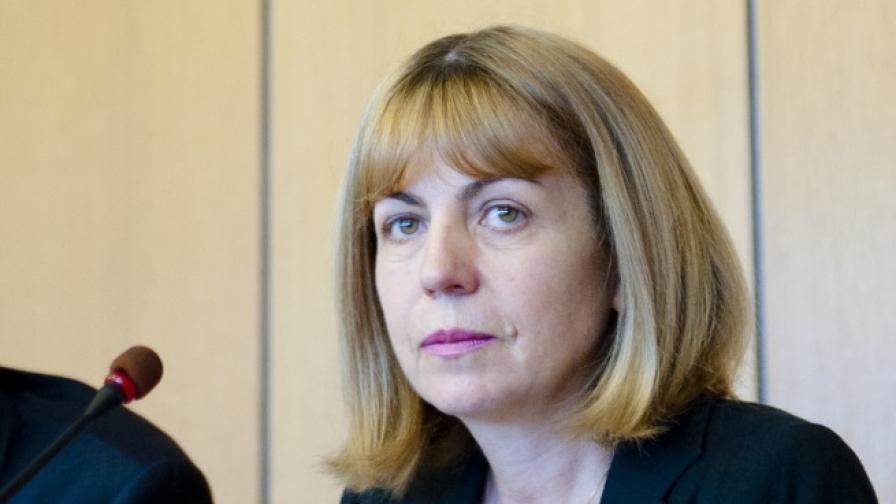 Искат оставка на Фандъкова заради незаконни сметища