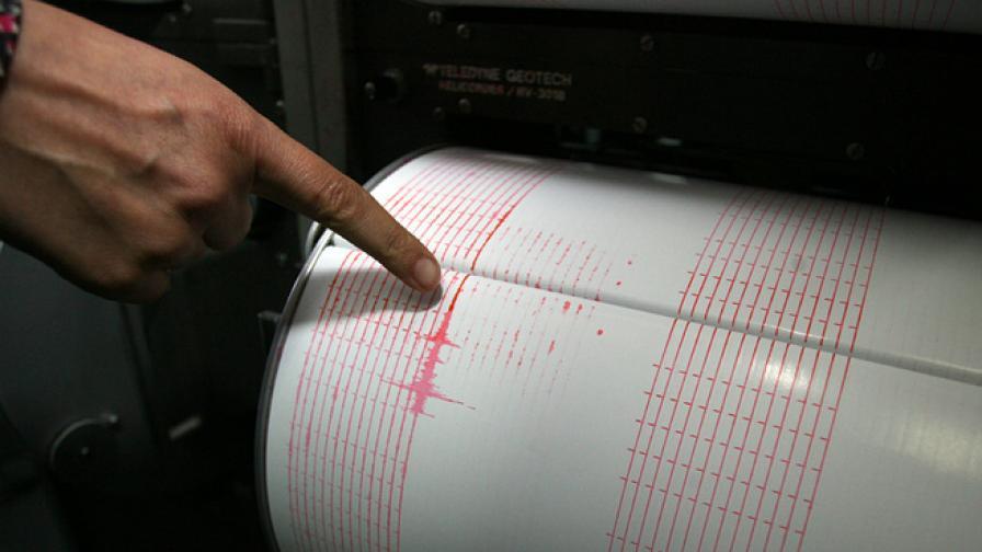 Земетресение 5,6 в Китай