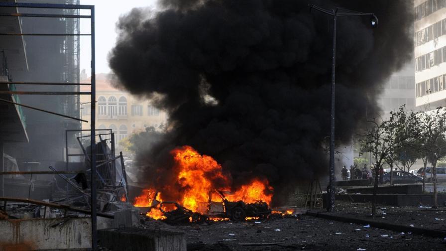 Атентат с кола бомба в Бейрут уби бивш министър