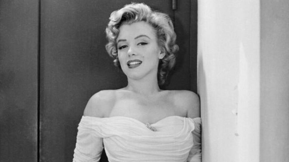"""Реплика пред списание """"Life"""" от 1952 г., превръща Мерилин Монро в лице на последната кампания за Chanel N°5"""