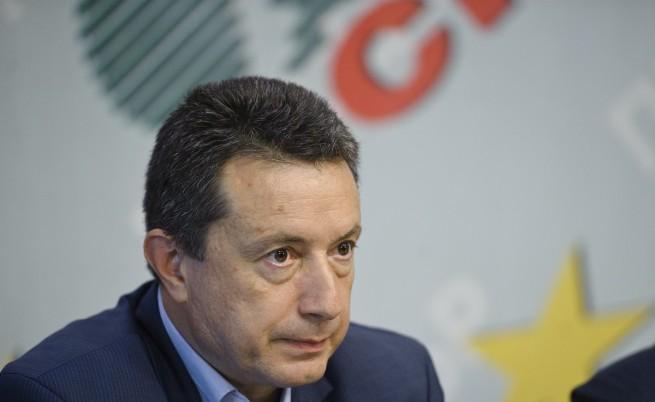 Янаки Стоилов: Задължително гласуване заради контролирания вот за ДПС